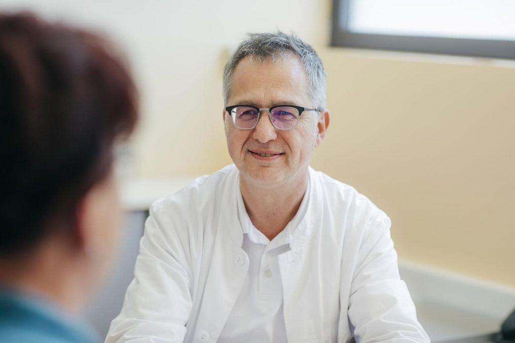 Dr. Offenbächer im Gespräch