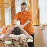 massage-therapeutin-fern_16_017